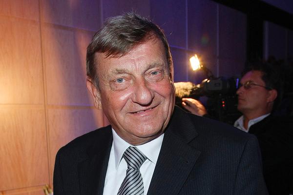 Miros�aw Hermaszewski