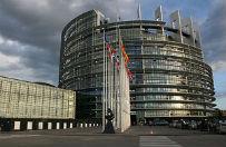 Europos�owie zasypywani tysi�cami e-maili w sprawie demokracji w Polsce