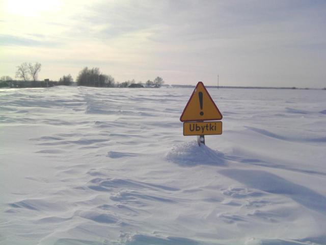 Pogodowy kataklizm. P�ugi sobie nie radz� - zobacz