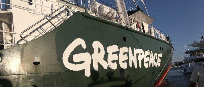 Greenpeace oskarża luksusowe marki odzieżowe