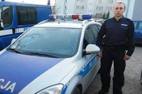 Policjant znalazł na ulicy 11 tysięcy złotych