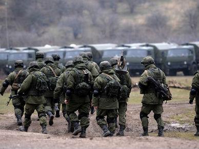 """Czy Rosja walczy na Ukrainie? - rosyjski dziennik """"Wiedomosti"""" stawia pytania"""