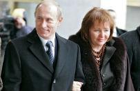 Z oficjalnej biografii Władimira Putina zniknęła informacja o jego żonie Ludmile