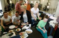 Protestuj�cy rodzice niepe�nosprawnych dzieci: zostajemy w sejmie