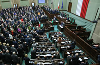 Sejm odrzuci� poselski projekt ws. edukacji seksualnej w szko�ach