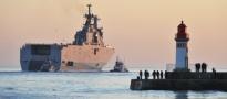 Francja sprzeda Rosji okręty desantowe Mistral