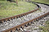 Wypadek na niestrze�onym przeje�dzie kolejowym pod �ukowem