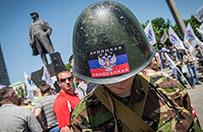 Separaty�ci z Donbasu wydaj� swoje paszporty. Napisy po rosyjsku i dwug�owy orze� bez korony