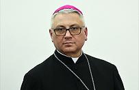 """Wprost"": wpadka nowego sekretarza Episkopatu bp. Artura Mizi�skiego. ""Sfa�szowa� komunikat"""