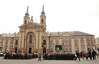 Kapelan wojskowych służb ks. płk Robert Mokrzycki zawieszony po przeszukaniu CBA