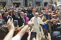 Papie� Franciszek w drodze do Korei Po�udniowej