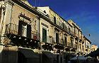 Burmistrz-zamiatacz we Włoszech: sprząta ulice, porządkuje klomby