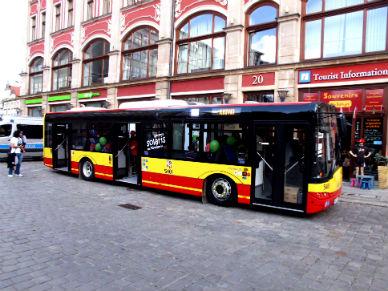 �wi�teczne zmiany w rozk�adzie komunikacji miejskiej