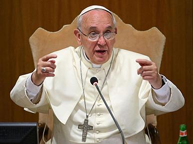 Papie�: ka�da wojna jest daremn� masakr�