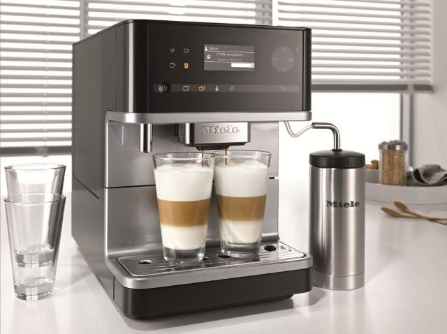 Wolnostojący ekspres do kawy Miele CM6