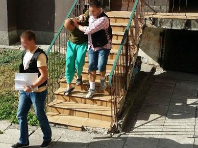 Dramat w Elbl�gu. Wujek wykorzysta� 8-miesi�czn� dziewczynk�