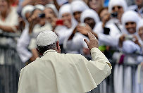 Watykanista: przeciwnicy chc� os�abi� pontyfikat papie�a Franciszka