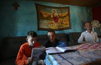 """Dzieci krwi. """"Prawo zemsty"""" to koniec normalnego życia dla tysięcy rodzin w Albanii"""