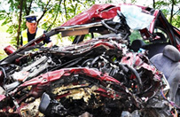 Tragiczny wypadek pod Lubinem. Zgin�� 24-letni kierowca
