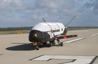 X-37B wyl�dowa� po prawie dw�ch latach