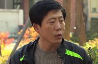 Aktywista z Korei P�d. walczy z Kim Dzong Unem... balonami. Wiele razy gro�ono mu �mierci�