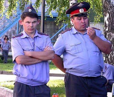 Dziwne zdj�cia rosyjskich policjant�w