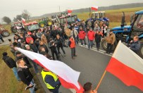 Rolnicy blokuj� drog� krajow� nr 2 pod Siedlcami