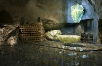Niezwyk�a kaplica pw. Jana Paw�a II w podziemiach kopalni soli w Wieliczce
