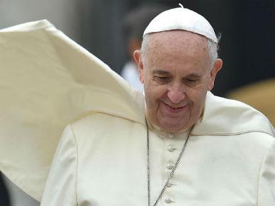 Papie� rozpocz�� trzydniow� wizyt� w Turcji