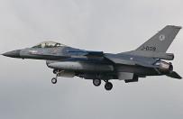 Tureckie lotnictwo zbombardowa�o pozycje Pa�stwa Islamskiego w Syrii