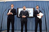 Adam Hofman, Mariusz Antoni Kami�ski i Adam Rogacki chc� odda� 77 tys. z� za zagraniczne wyjazdy