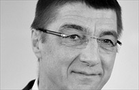 Zmar� Andreas Schockenhoff. Ostro krytykowa� W�adimira Putina