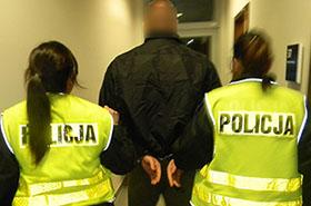 Młode policjantki obezwładniły bandytę