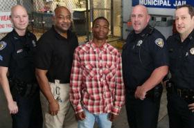 17-latek uratował policjanta, który go zatrzymał