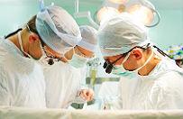 Lekarze przeprowadzili operacj� m�zgu u 15-latka, w trakcie kt�rej wybudzono pacjenta