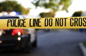 Trzylatek postrzelił ojca i ciężarną matkę