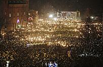 30 tys. os�b wysz�o na ulice, by z�o�y� ho�d ofiarom zamach�w w Danii