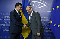 Szef parlamentu Ukrainy apeluje do UE o broń i misję pokojową