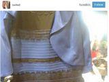 Jakiego koloru jest ta sukienka?