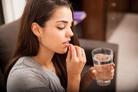 Tabletki przeciwbólowe niebezpieczne dla osób na diecie