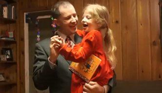 Wzruszający taniec ojca i córeczki