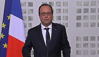 Hollande: samolot spadł w trudnym terenie