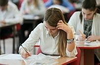 CKE: szko�y poradzi�y sobie z pogod�, egzamin si� odby�