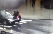 Wjecha�a autem w pieszych na przej�ciu. 2 osoby trafi�y do szpitala