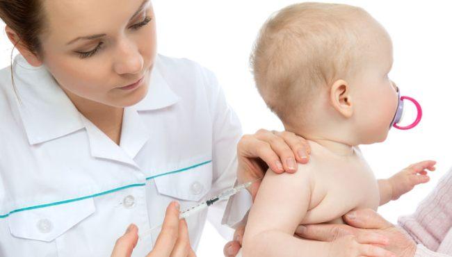 Obowiązkowe i najbardziej kontrowersyjne szczepienia