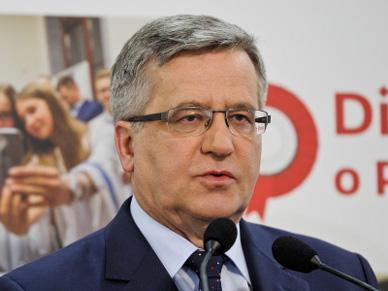 Bronis�aw Komorowski: szybko zdecyduj� ws. konwencji antyprzemocowej. Andrzej Duda: to z�a decyzja