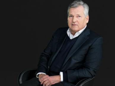 Aleksander Kwa�niewski: najbli�sze godziny kluczowe dla przyw�dztwa premier Ewy Kopacz