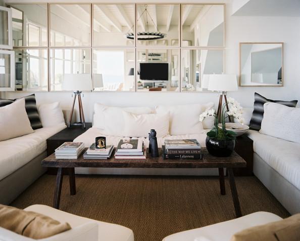 lustro w salonie lustro w salonie sypialni azience. Black Bedroom Furniture Sets. Home Design Ideas
