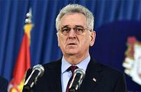 Samolot z prezydentem Serbii musia� zawr�ci�. Okaza�o si�, �e pilot rozla� kaw� na przyrz�dy