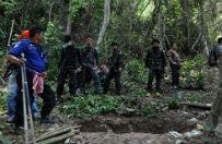 Odkryto masowy gr�b w by�ym obozie przemytnik�w ludzi w Tajlandii